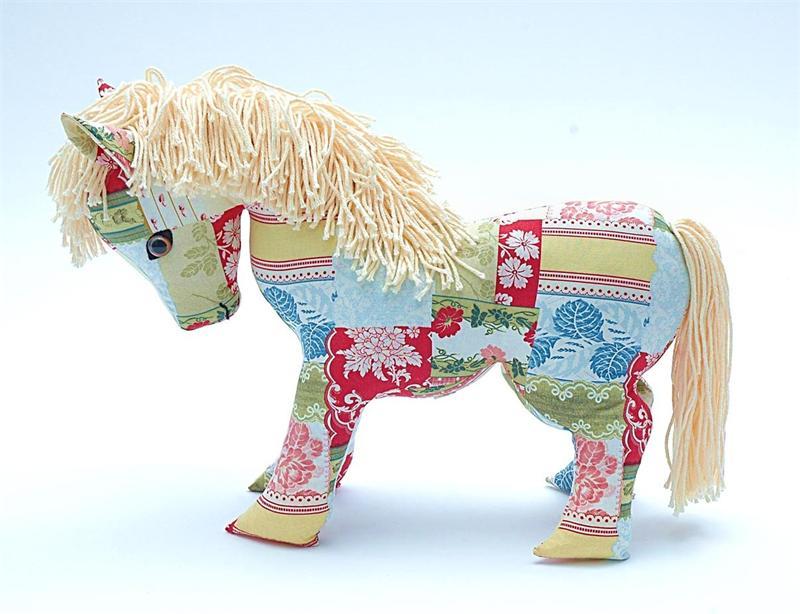 Как сделать лошадку своими руками